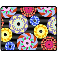 Colorful Retro Circular Pattern Double Sided Fleece Blanket (Medium)