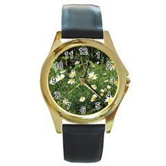 White Daisy Flowers Round Gold Metal Watch by picsaspassion
