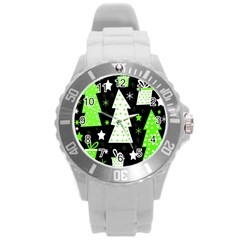 Green Playful Xmas Round Plastic Sport Watch (l) by Valentinaart