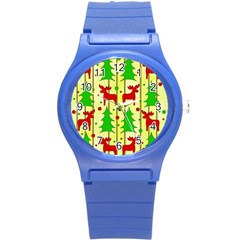 Xmas Reindeer Pattern   Yellow Round Plastic Sport Watch (s)