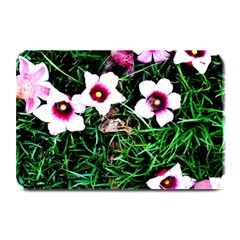 Pink Flowers Over A Green Grass Plate Mats