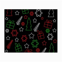 Green And  Red Xmas Pattern Small Glasses Cloth by Valentinaart