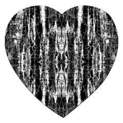 Black White Taditional Pattern  Jigsaw Puzzle (heart)