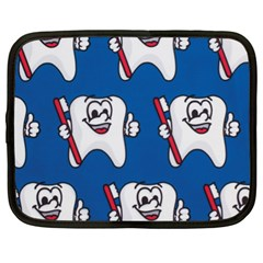 Tooth Netbook Case (xl)