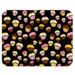 Jammy Cupcakes Pattern Double Sided Flano Blanket (medium)