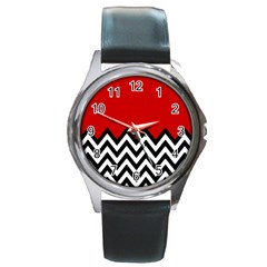 Chevron Red Round Metal Watch