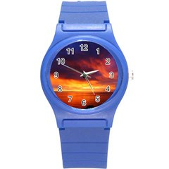 Sunset The Pacific Ocean Evening Round Plastic Sport Watch (s) by Amaryn4rt