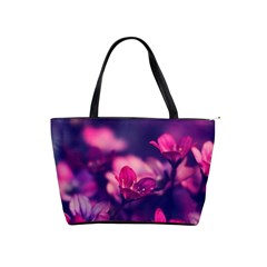 Blurry Violet Flowers Shoulder Handbags by Brittlevirginclothing