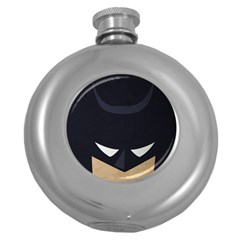 Batman Round Hip Flask (5 Oz) by Brittlevirginclothing