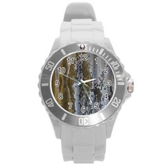 Grunge Rust Old Wall Metal Texture Round Plastic Sport Watch (l) by Amaryn4rt