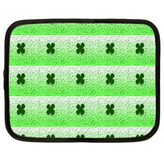 Shamrock Pattern Background Netbook Case (xl)
