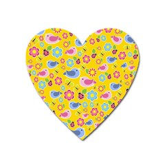 Spring Pattern   Yellow Heart Magnet