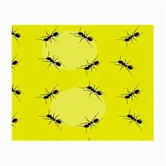 Ant Yellow Circle Small Glasses Cloth (2 Side) by Jojostore
