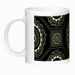 Circle Plaid Black Floral Night Luminous Mugs