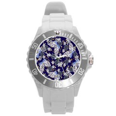 Butterfly Iron Chains Blue Purple Animals White Fly Floral Flower Round Plastic Sport Watch (l) by Alisyart