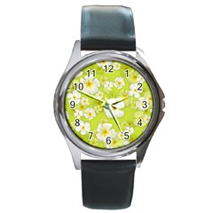 Frangipani Flower Floral White Green Round Metal Watch
