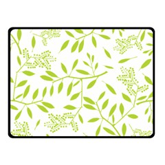 Leaves Pattern Seamless Double Sided Fleece Blanket (small)