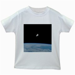Amazing Stunning Astronaut Amazed Kids White T Shirts by Simbadda
