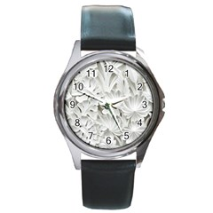 Pattern Motif Decor Round Metal Watch by Simbadda