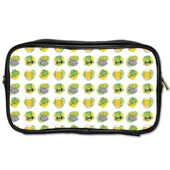 St Patrick S Day Background Symbols Toiletries Bags by Simbadda