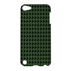 Clovers On Black Apple Ipod Touch 5 Hardshell Case by PhotoNOLA
