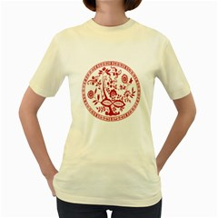 Red Vintage Floral Flowers Decorative Pattern Women s Yellow T Shirt