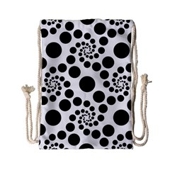 Dot Dots Round Black And White Drawstring Bag (small) by Amaryn4rt
