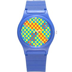 Optical Illusions Plaid Line Yellow Blue Red Flag Round Plastic Sport Watch (s)