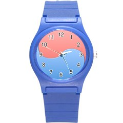 Taekwondo Sign Red Blue Round Plastic Sport Watch (s)