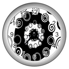 Fluctuation Hole Black White Circle Wall Clocks (silver)