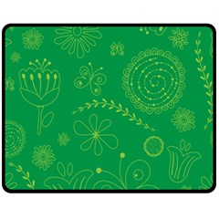 Green Floral Star Butterfly Flower Fleece Blanket (medium)  by Jojostore