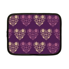 Purple Hearts Seamless Pattern Netbook Case (small)