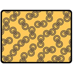 Abstract Shapes Links Design Double Sided Fleece Blanket (large)