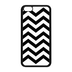Black And White Chevron Apple iPhone 5C Seamless Case (Black)