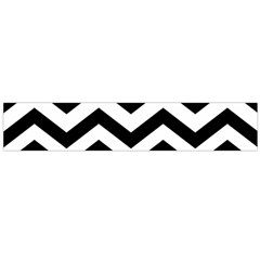 Black And White Chevron Flano Scarf (Large)