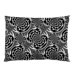 Metallic Mesh Pattern Pillow Case by linceazul