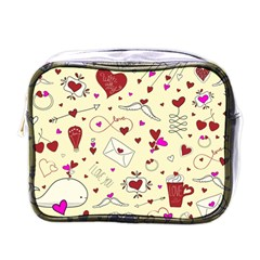 Valentinstag Love Hearts Pattern Red Yellow Mini Toiletries Bags by EDDArt