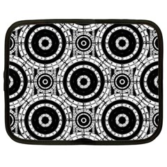 Geometric Black And White Netbook Case (xl)  by linceazul
