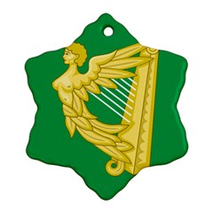 The Green Harp Flag Of Ireland (1642 1916) Ornament (snowflake)