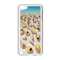Shell Pattern Apple Ipod Touch 5 Case (white) by Valentinaart