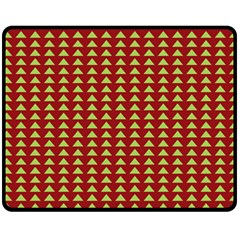 Hawthorn Sharkstooth Triangle Green Red Fleece Blanket (medium)