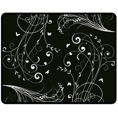 Floral Design Fleece Blanket (medium)