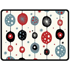 Retro Ornament Pattern Fleece Blanket (large)