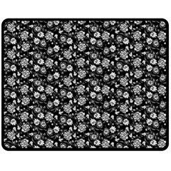 Roses Pattern Double Sided Fleece Blanket (medium)