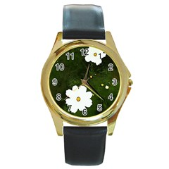 Daisies In Green Round Gold Metal Watch