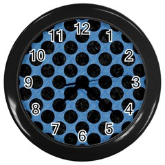 CIRCLES2 BLACK MARBLE & BLUE COLORED PENCIL (R) Wall Clock (Black)