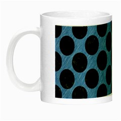 CIRCLES2 BLACK MARBLE & BLUE COLORED PENCIL (R) Night Luminous Mug