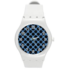 CIRCLES2 BLACK MARBLE & BLUE COLORED PENCIL (R) Round Plastic Sport Watch (M)