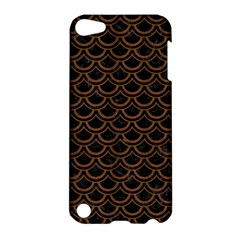 Scales2 Black Marble & Brown Wood Apple Ipod Touch 5 Hardshell Case by trendistuff