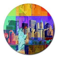 New York City The Statue Of Liberty Round Mousepads